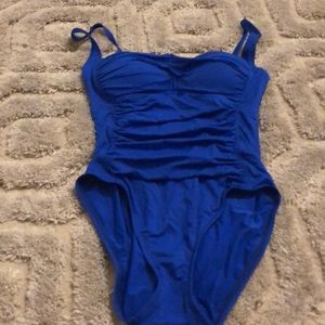 LA BLANCA one piece ruched swimsuit